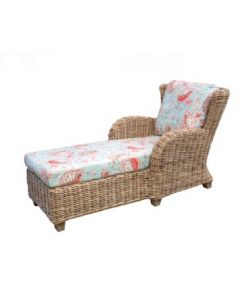 Curved Arm Wicker Chaise Lounge – Available in a Variety of Finishes