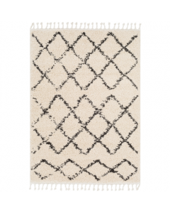 Diamond Pattern Shag Rug with Fringe Detailing