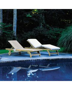 Kingsley Bate Classic Chaise - ON BACKORDER UNTIL EARLY SEPTEMBER 2021