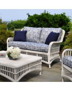 Kingsley Bate Chatham Outdoor Wicker Settee in Classic White