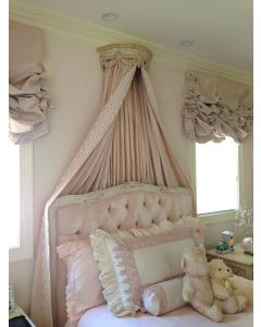 Pink and Cream Bed Crown