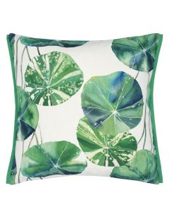 Set of 2 Indoor/Outdoor Nasturtium Leaf Design Decorative Pillows in Green